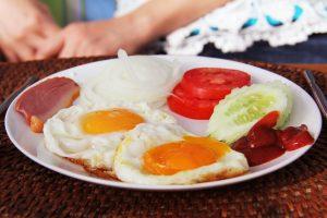 breakfast-1736856_1920
